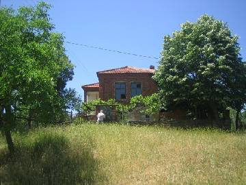 PL 297 Cheap Property located in a beautiful countryside 15km far from Karnobat.