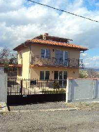 VL 918  TOP INVESTMENT, 3 BEROOMS, PANORAMIC views, big plot, Newly built house with Character!!!!