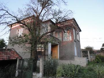PL 396 8km to the SEA, 10km to the Airport, 4 bedrooms, 20km far from Sozopol!