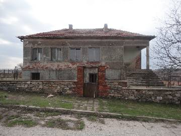PL 490 Former School at UNBEATABLE PRICE, 6 BEDROOMS, 250SQ.M OF LIVING AREA!!!