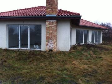 VL 968 SOLDBARGAIN PROPERTY 22KM far from Varna and its International Airport, 2 bedrooms, 2440sq.m