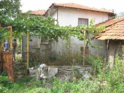 Nice Family Home 45km far from Burgas, calm area offering peace!