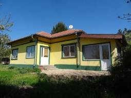 Excellent Bungalow just 10km to Dobrich town!