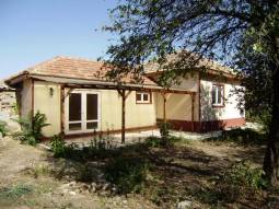 Garage, outbuildings, good size plot, 1h drive to the airport in Varna!!!