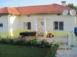 Lovely home 8km from General Toshevo, 30km from Dobrich, 1h drive to Varna Airport!