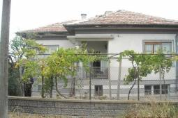 Good location, close to Trakya highway, peaceful area, close to Spa!
