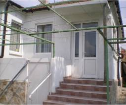 Cute Bungalow, ready to move in close to Varna 35km and just 10min drive to the SEA!