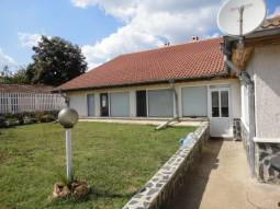 Excellent 180sq.m of living area, 15min drive to Dobrich, Lovely 3- bedroom,Garage, Summer Kitchen!