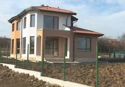 Real star 25km from Varna, close to a main road just 3km!!! 10min to the closest beach!!!