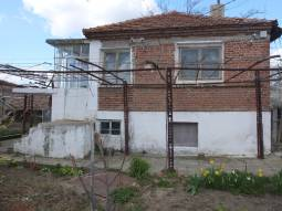 3 bedrooms, 2000sq.m of land, AT THE END OF THE VILLAGE, PANORAMIC VIEWS****