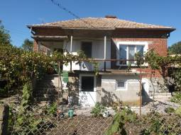 Amazing offer - big home with nice plot 45km far from Burgas! Bargain!