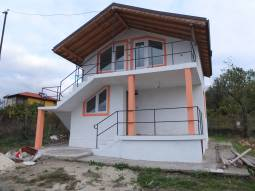 Nice new villa just 10min walk from the SEA!!!Close to Sozopol town!