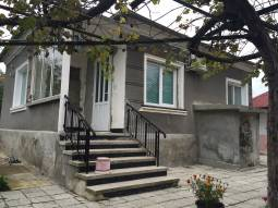 Good house with NEWLY Built Bungalow - 3 bedrooms, close to Burgas and the SEA!