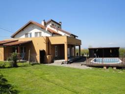 Nice holiday home just 10min drive to Burgas, located in peaceful and nice village!