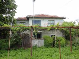 1760sq.m of land Nice Family Property in well-developed village, good access to Burgas and the SEA!