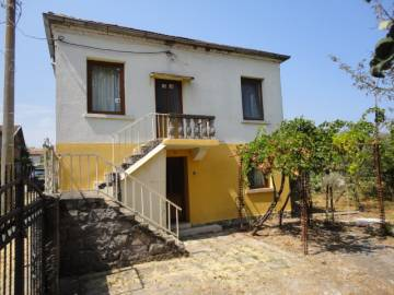 Renovated property - Kitchen fitted, new roof, new Windows, 20km from Burgas!