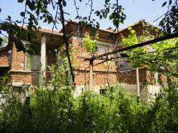 45km from Burgas and the SEA, Summer Kitchen available, BIG additional Outbuildings!!!