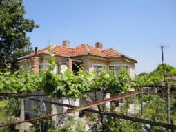 1000sq.m of land, Good condition, Summer kitchen with bathroom/wc!!!