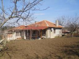 Great Bungalow in TOP VILLAGE, 40KM from Burgas, Renovated roof, UPVC windows!!!