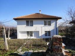 Lovely 4-bedroom Home, 20km from Burgas town. Investment Opportunity, 15km far from Sozopol Town!