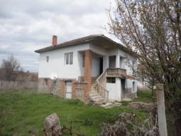 Nice Holiday Home - 40min drive to Burgas, 3 bedrooms, bathroom/wc, New Roof, New UPVC windows*** 2km from Forest, Virgin nature, river!!!