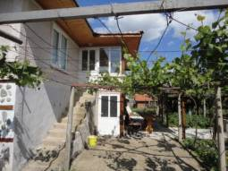 Ready to move in - 3 bedrooms, 1 bathrooms/wc, 45min drive to Burgas and the Sea!!!