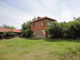 We present to you two storied house, located in a big village, only 30 km away from Sredets Town and another 40min drive to Burgas!!!