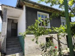 18km from the SEA, at the foot f Strandja Mountain, Garage for one car, TOP VILLAGE, close to Tsarevo Sea Resort!