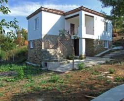 24KM from Burgas, Fully Renovated, 2 Bathrooms/wc, 3 bedrooms, Internal wooden staircase, New Roof!!!