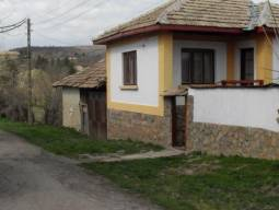 Solid Stone wall, Many Additional Outbuildings, 10km to the closest town!!!