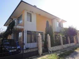 Ready to move in 5 bedroom home - 18km from Sunny Beach, Lovely Village at the foot of the hills!!!