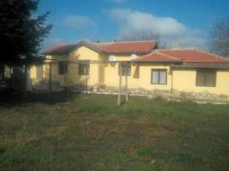 Renovated Bungalow + Summer Kitchen 30min drive to Varna and 40min to the Airport!!!