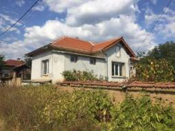 Fully Renovated - Ready to Move in 2 BEDROOM home, 30km from Stara Zagora, Fitted Kitchen, Jacuzzi!!!