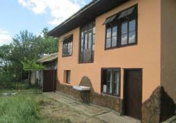Renovated Rural Property 19km from Shumen, 12km from the main Highway, 40min drive to Varna!!!