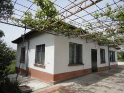 ALL Inclusive Price!!!Newly Built Bungalow- New roof, Central Heating system, Internal bathroom/wc, Tiled floors, at the outskirts of nice village 38km to Burgas and 20km to Sredets town!