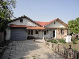 Lovely Bungalow - 25km away from Burgas city Center - Renovated Ready to move in, Big Well-developed village!!!