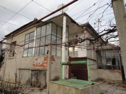 Excellent Rural Bungalow 30km away from Burgas and the SEA, Big Summer Kitchen, Very good Condition, Nice village and area!!!