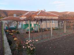 Renovated Roof, Well-maintained property, Panoramic Views, Asphalt road, Summer Kitchen available!!!40min drive to Burgas and the SEA! HUGE VINEYARD!