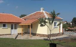 Comfortable Bungalow 10min to Burgas - Ready to move in, 2 bedrooms, Fully Insulated and rendered, New Gutters, New UPVC windows!!!