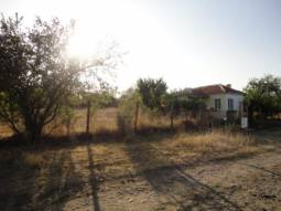 35km from Burgas, Solid Bungalow - 20min to the SEA, Edge of Village location, Peaceful area, Panoramic Views, 2 000sq.m in Regulation