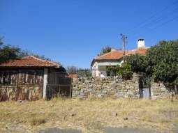 Bungalow - 30min to Burgas, Internal Plumbing, Septic tank, GARAGE, TOP Village and AREA!!!