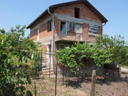 10km far from Burgas and the SEA, Huge Familly House located in the most prefered village from Burgas region!!!3 bedrooms, good sized plot!!!