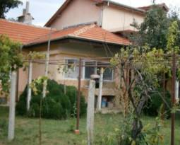 Renovated home 35min drive to Varna and the SEA -  UPV windows, 1580sq.m of land, Brick built fence!!!