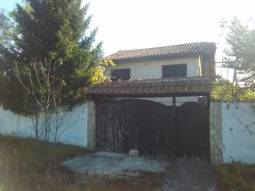 Excellent Property - Partly Renovated, New Roof, Bathroom/wc, 20km from Dobrich, 1470sq.m of land, 30min drive to the SEA