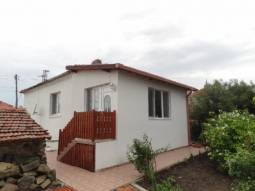 Good Bulgarian Village!!! Garage, Fitted Kitchen, Tiled floors, New bathroom/wc, New UPVC windows, New insulation!!!