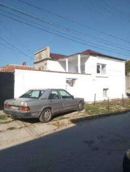 15km to Varna, Fitted Kitchen, 17km to Varna, Well-developed village, 1000sq.m of land, Tiled floors, new UPVC windows