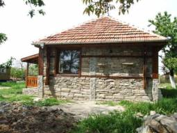 Stone Built 2 bedrooms, Ready to move in, 1h drive to the SEA, 15min to Sliven city, Everything Brand New, Well-Developed Area, 1 700sq.m of land, New bathroom/wc, New electricity, New plumbing***
