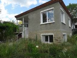 Renovated Home - 15min to Sunny Beach - New UPVC windows, New Roof, New Plumbing, 30min to the Airport!!!