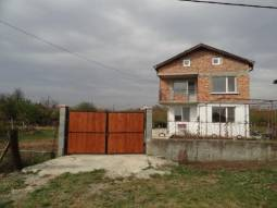 Renovated home - bathroom/wc, New Roof, Parking Lot, Tiled floors, Big Well Developed Village 15min drive to the SEA!!!