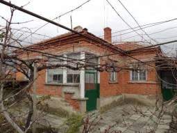 Excellent Ready to move in Bungalow - 40min to Burgas, Renovated Roof, Livable Condition, Big Well-Developed Village, School, Kindergarten, Regular Bus Transport!!!